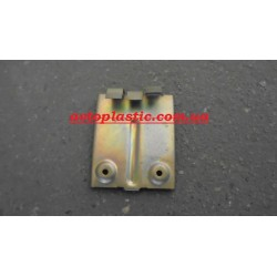Кронштейн пепельницы ваз-21083(высокая панель)