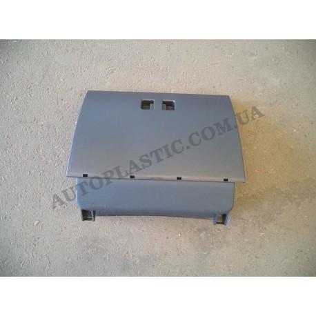 Крышка вещевого ящика Ваз-2112