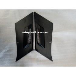Обивка последней стойки ваз 2107 (черная,пластик)